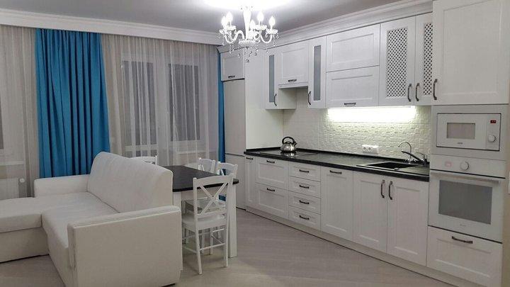 «Крохотную комнату решили объединить с кухней»: рассказ про оформление кухни-гостиной