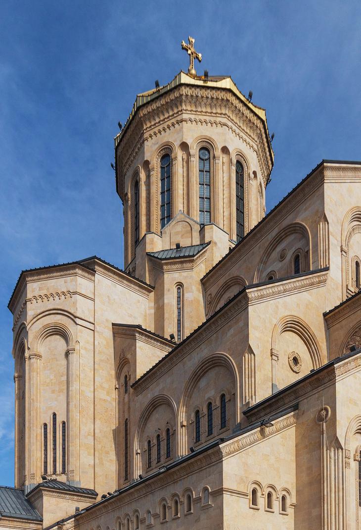 Церковь Цминда Самеба
