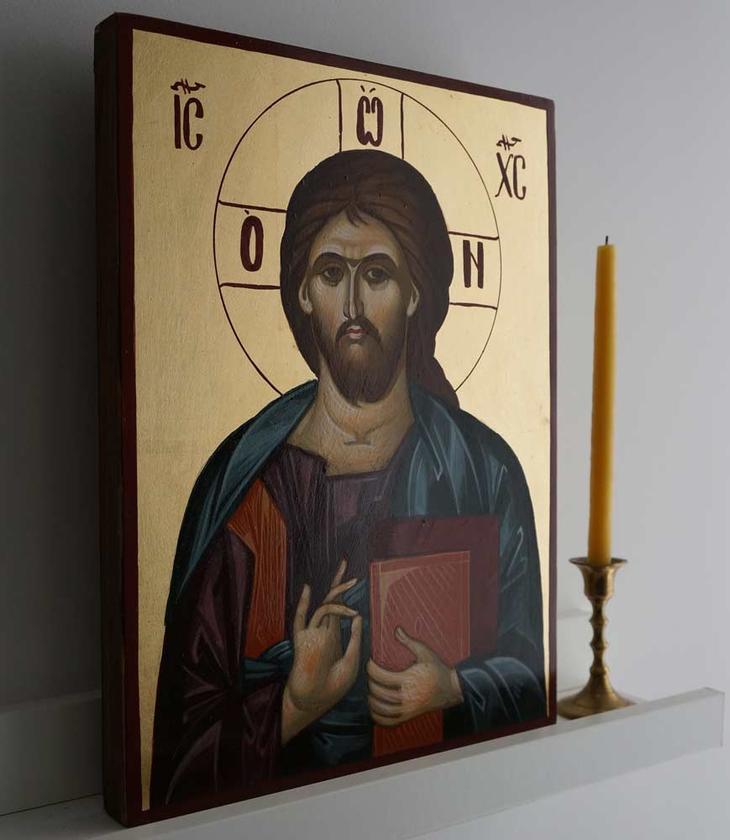 Можно ли молиться сидя: положение во время молитвы, жесты, поведение молящегося и соблюдение молитвенных правил
