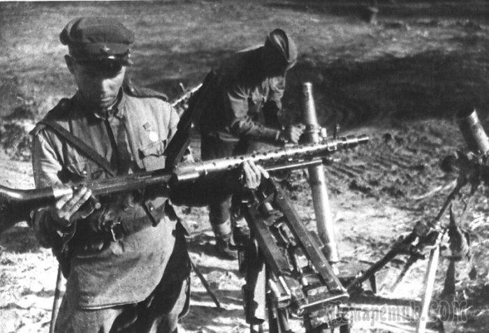 «Что с бою взято»: какие трофеи предпочитали брать советские солдаты, а какие - солдаты вермахта