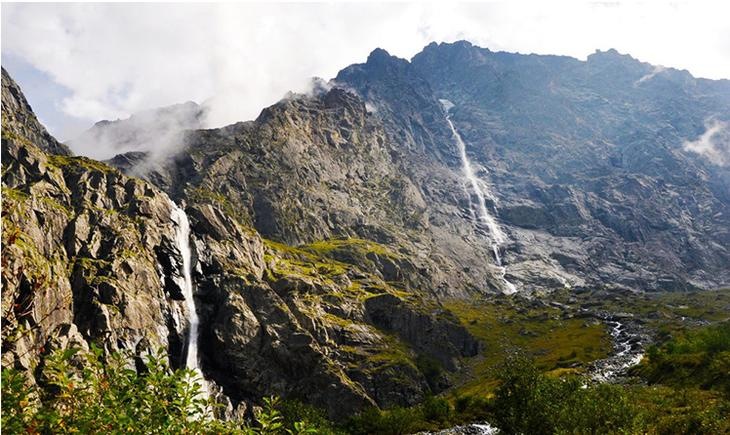 Водопад Большой Зейгалан