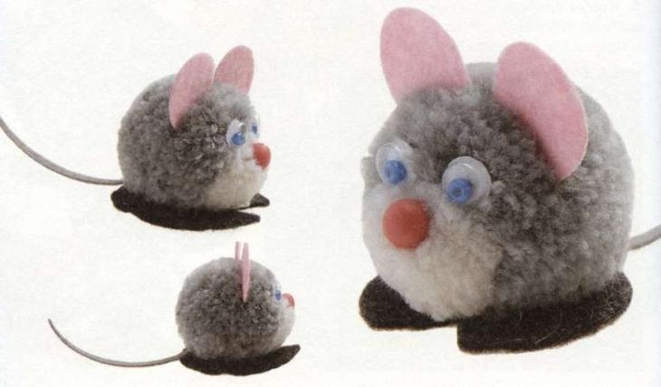 Простая мышка из войлока