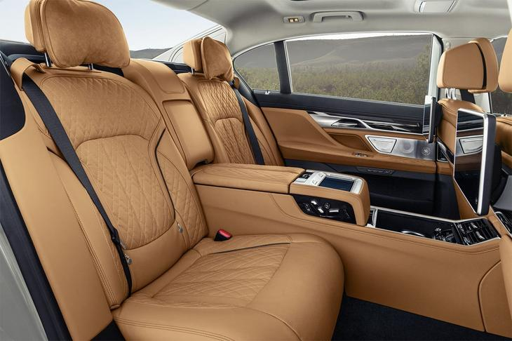 фото интерьер BMW 7-Series 2021-2020