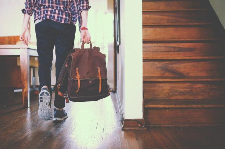 Выписать бывших собственников из купленной квартиры без их согласия
