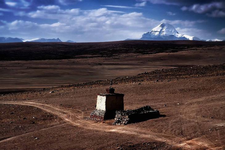 Самые удивительные священные горы. Кайлаш, фото