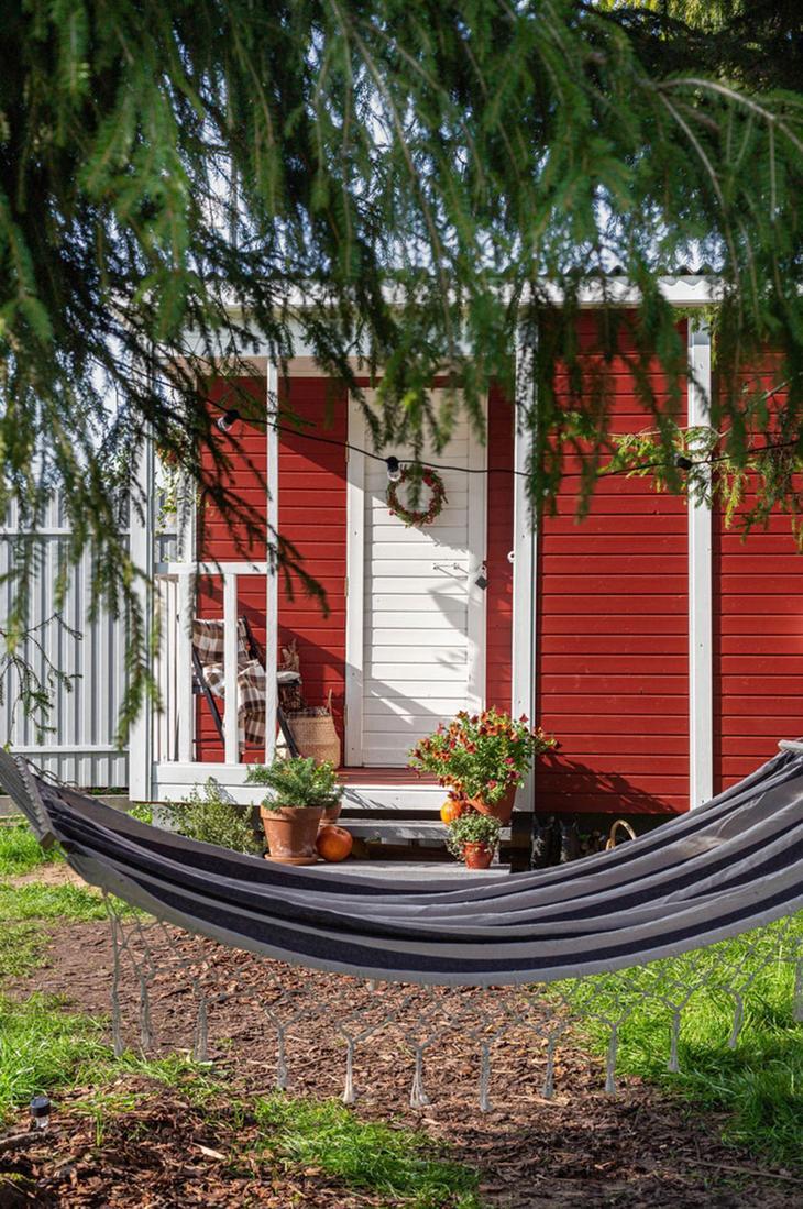 Словно в Швеции: уютный летний домик в Санкт-Петербурге
