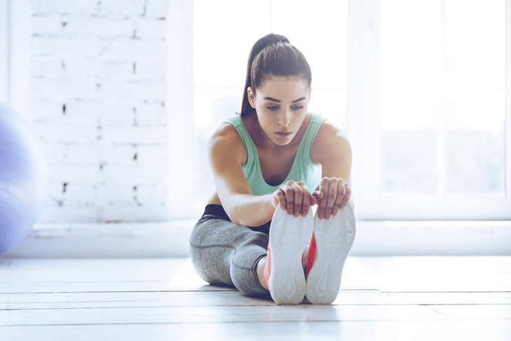 Занятия стретчингом дома помогут поддерживать тело в тонусе