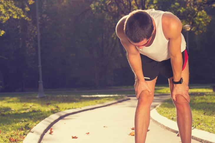 резкая слабость в ногах причины