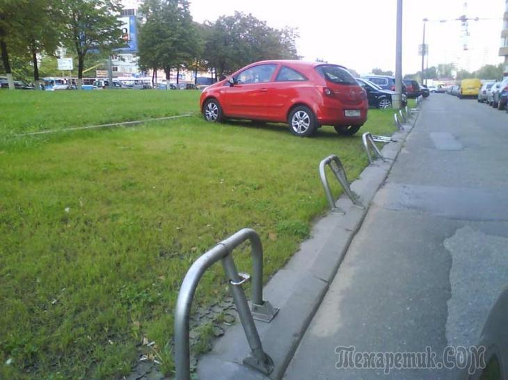Незаконные парковки во дворах куда жаловаться