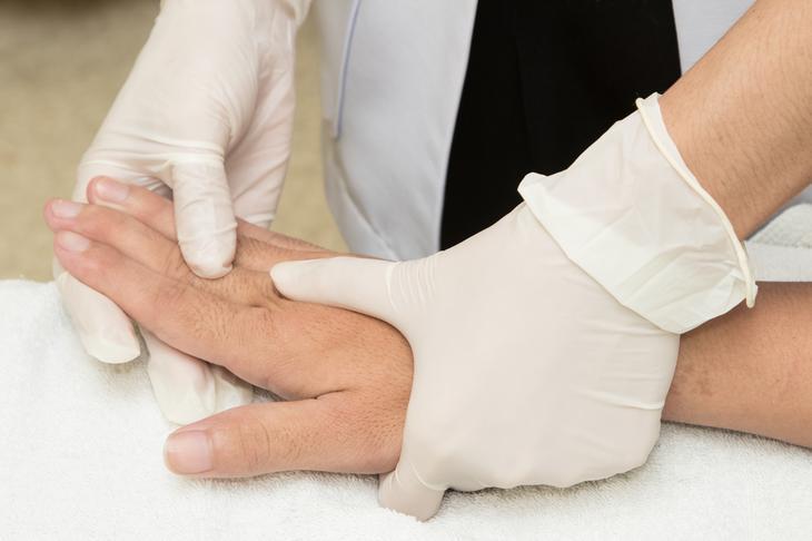 Изображение - Упражнения для разработки кистевого сустава после перелома fullsize