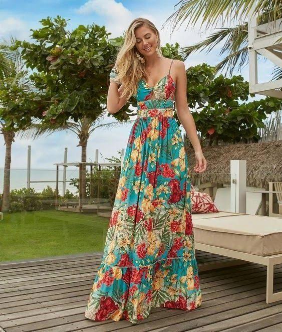 Элегантное и женственное длинное платье