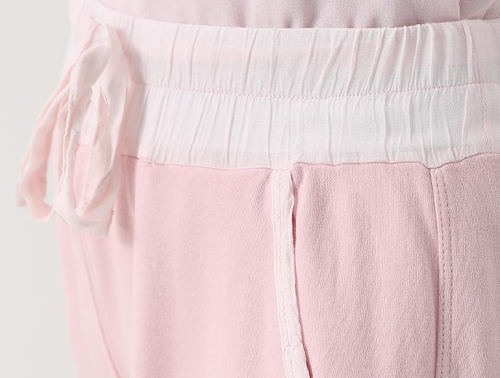 Фото готовых поясов на сшитых женских брюках, вариант 7