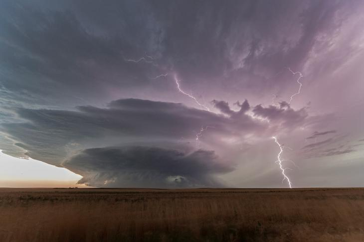 Буря с градом в Южной Дакоте