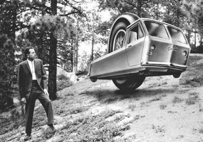 7 легковых автомобилей, у каждого из которых «что-то не так» с колесами