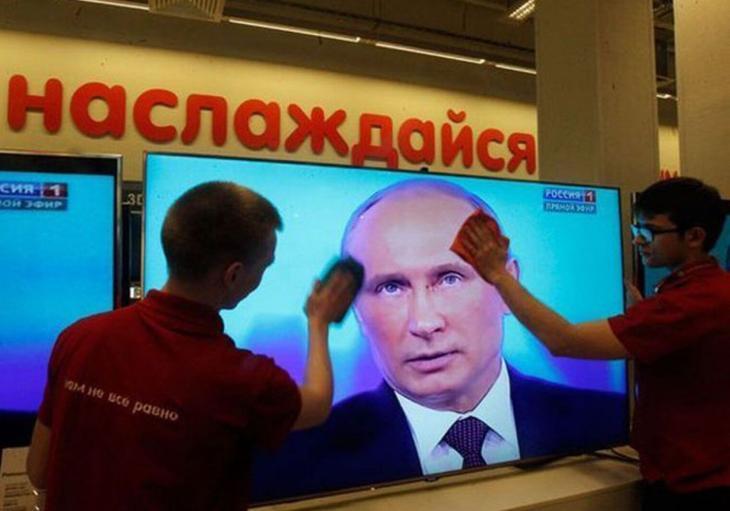 YouTube вытесняет телевизор: Треть россиян перестали смотреть ТВ за 5 лет