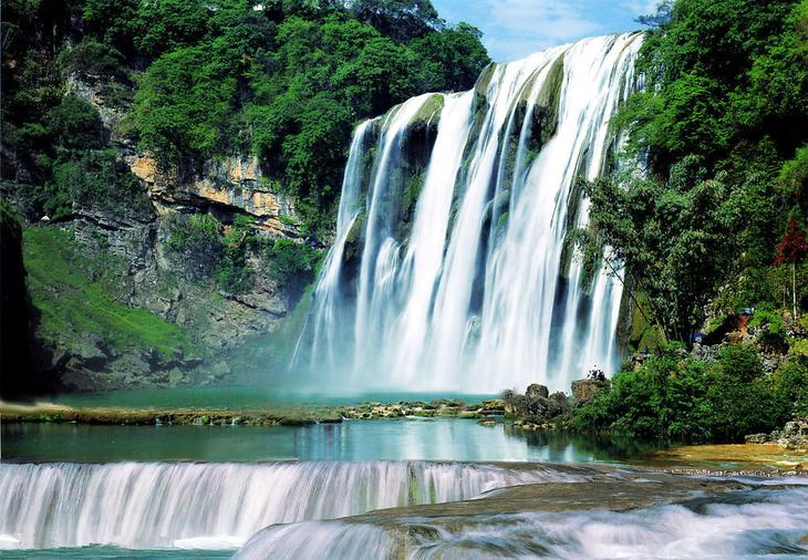 Водопад Хуангошу Китай. Каякам здесь не место. Самые причудливые и величественные водопады планеты. Фото с сайта NewPix.ru