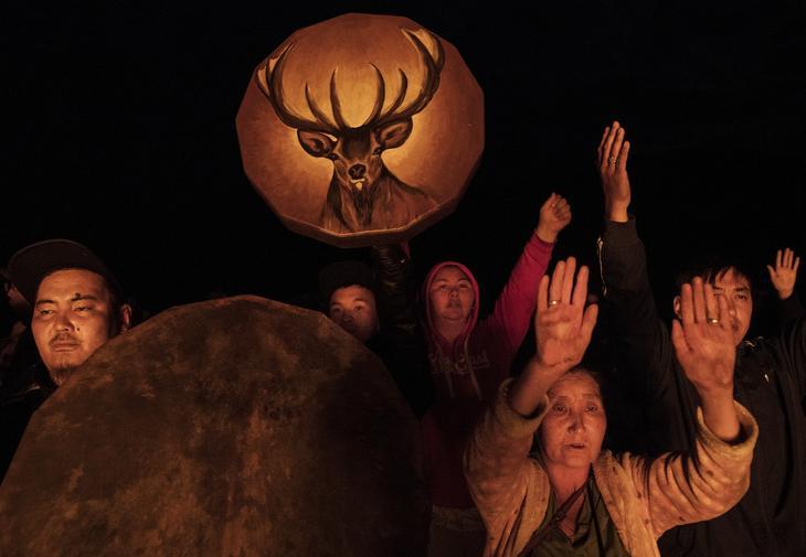 Shamanskie-ritualy-v-Mongolii 18