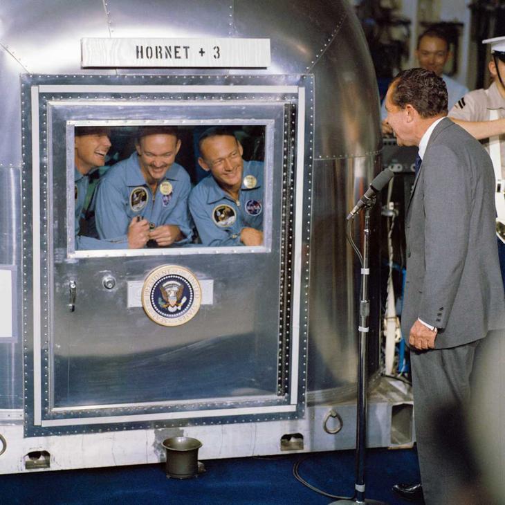 Непрошеные космонавты