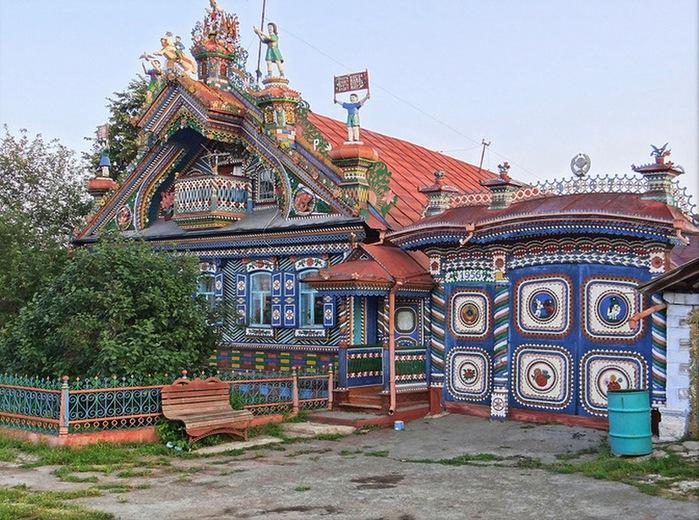 Удивительный дом в селе Кунара