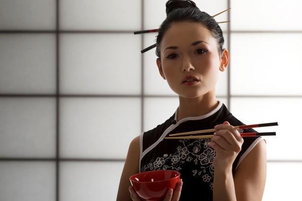 Почему японки не полнеют: 10 секретов стройности