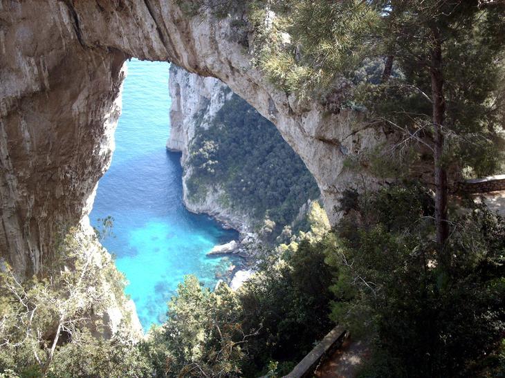 Арко Натурале Италия. Создано самой природой. Невероятные природные арки. Фото с сайта NewPix.ru