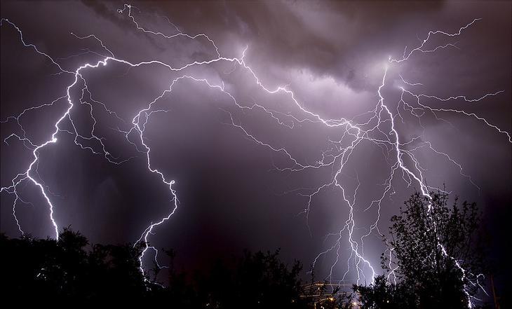 Самые удивительные фотографии ночных молний. Фото