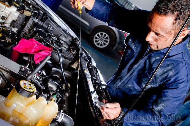 Если двигатель расходует масло выше нормы - что делать