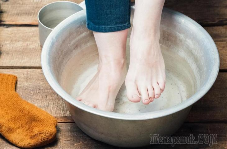 Как сделать ванночку для ног с морской солью после перелома?
