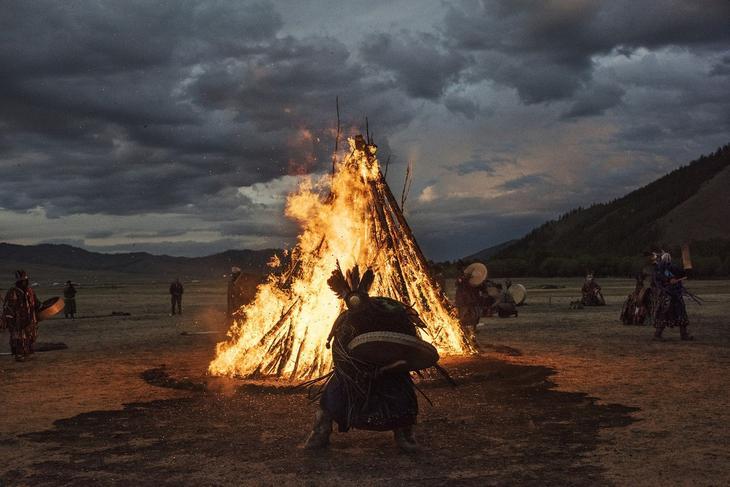 Shamanskie-ritualy-v-Mongolii 14