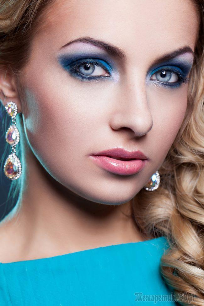 fullsize Макияж для голубых глаз (42 фото): красивый повседневный make-up для серо-голубых глаз и русых волос, нежный и яркий, пошаговые инструкции