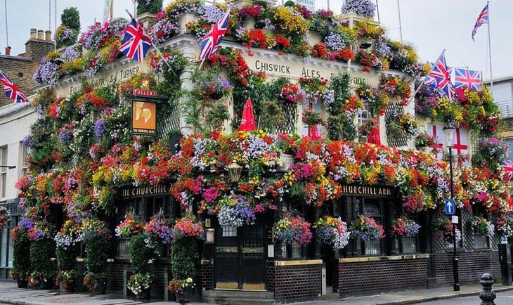 Ноттинг Хилл. 10 Чудес Лондона. Фотографии красивых мест Лондона. Фото с сайта NewPix.ru