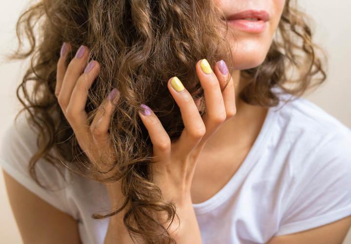 Витамины для укрепления волос: какие принимать для укрепления луковиц, роста волос и ногтей, от выпадения, в ампулах, недорогие, комплекс детям