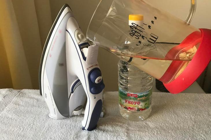 Как почистить утюг от накипи уксусом