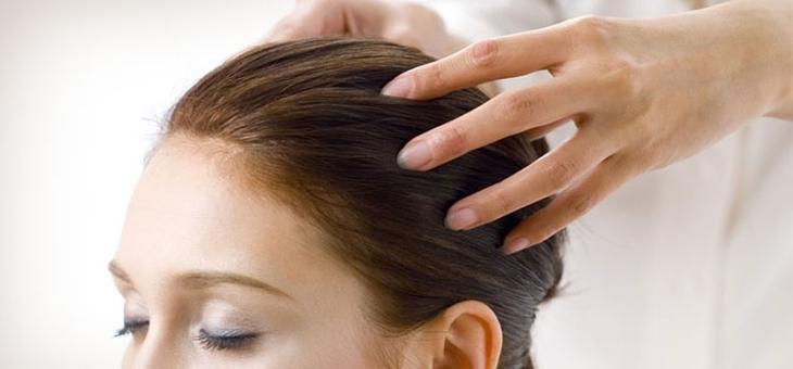 Как быстро отрастить волосы в домашних условиях при помощи массажа головы