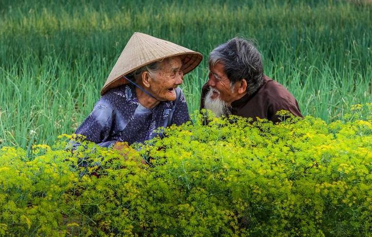 Фотографы со всего мира показали, как они видят любовь. Она разная, но всегда искренняя