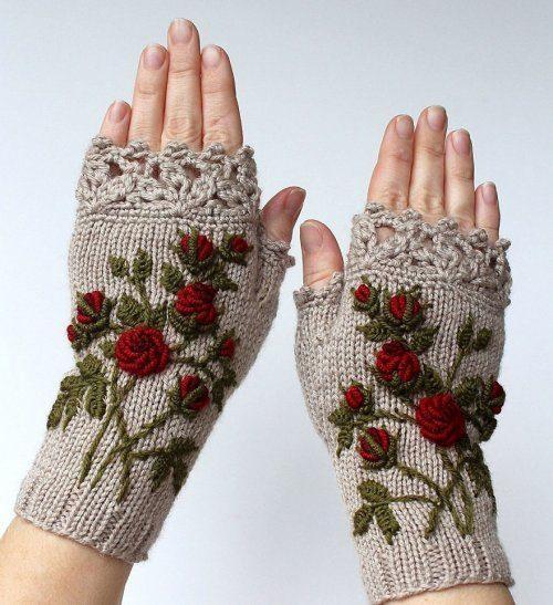 Необычные рукавицы от Наталии Бранцевичене