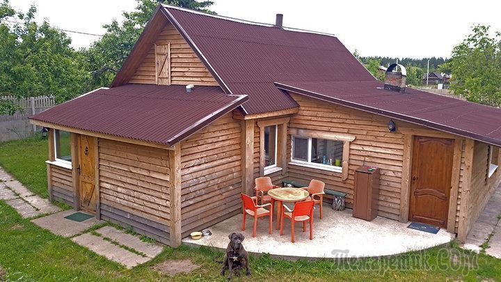 Дачная переделка: превращение деревянного дома в фамильную резиденцию с собственным гербом