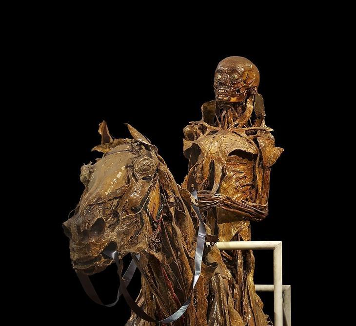 Фигуры лошади и всадника, изготовленные художником Оноре Фрагонаром