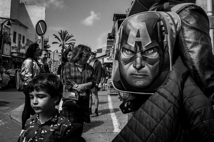 Израильский уличный фотограф Ронен Берка
