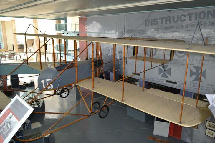В период мировой войны эта машина была поставлена из Франции для военной авиации Бельгии, а после войны была подарена правительством этой страны для установки в музей