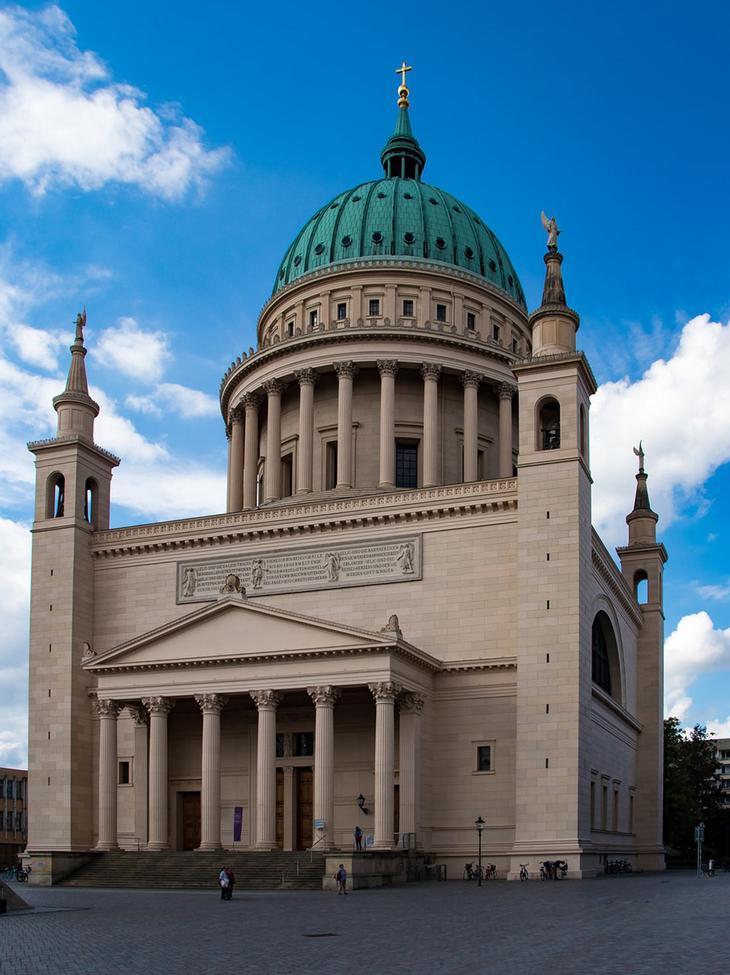 Церковь Святого Николая в Потсдаме