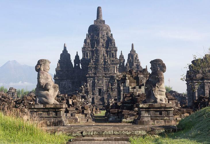 Храм Севу