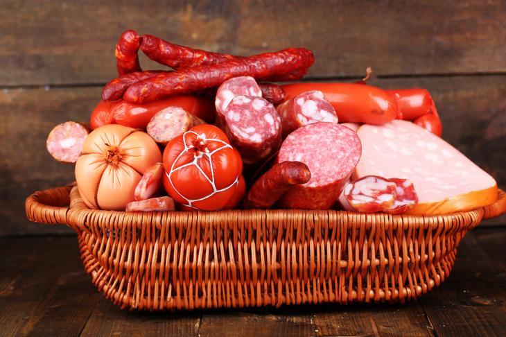 Полуфабрикаты, фаст-фуд, колбасы