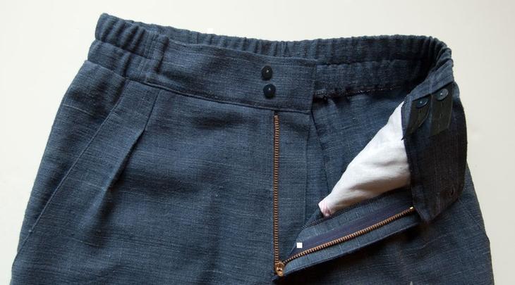 Фото готовых поясов на сшитых женских брюках, вариант 1