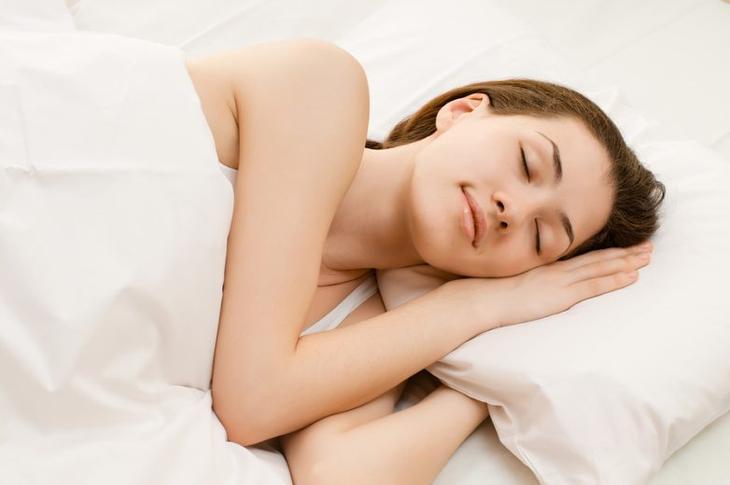 Как сон на левом боку влияет на наше здоровье
