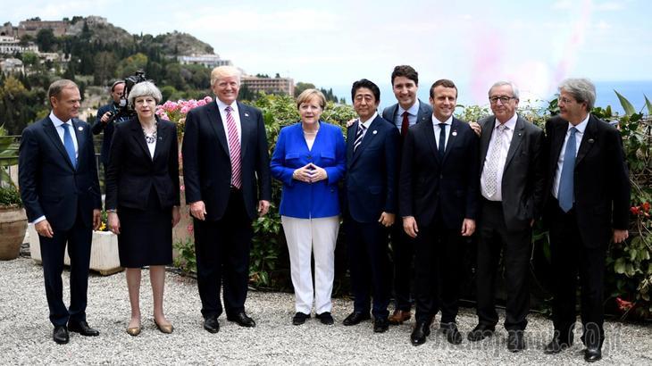 Меркель считает невозможным возвращение России в G8 Fullsize