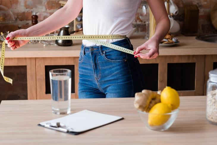 вода с лимоном полезна