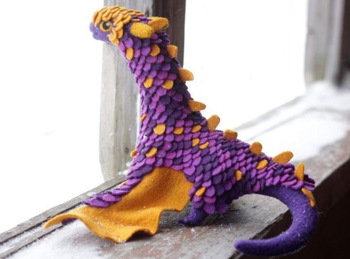 Удивительные драконы из шерсти