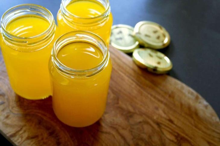 Топленое масло можно приготовить в домашних условиях
