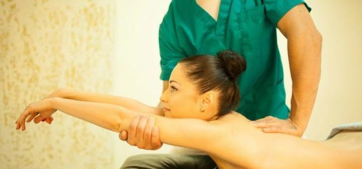 Как лечить ишиас массажем?